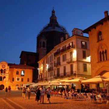 Otello, Romeo e Giulietta, Macbeth in Piazza della Vittoria a Pavia