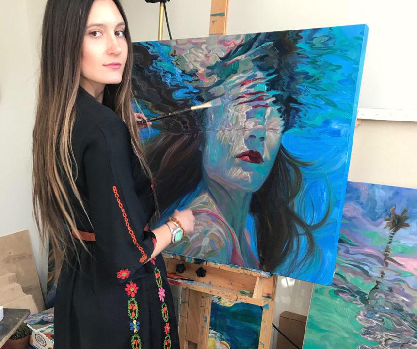 """Festeggiamo la riapertura del teatro e la nuova stagione con il dipinto """"Kiss Me"""" di Isabel Emrich"""